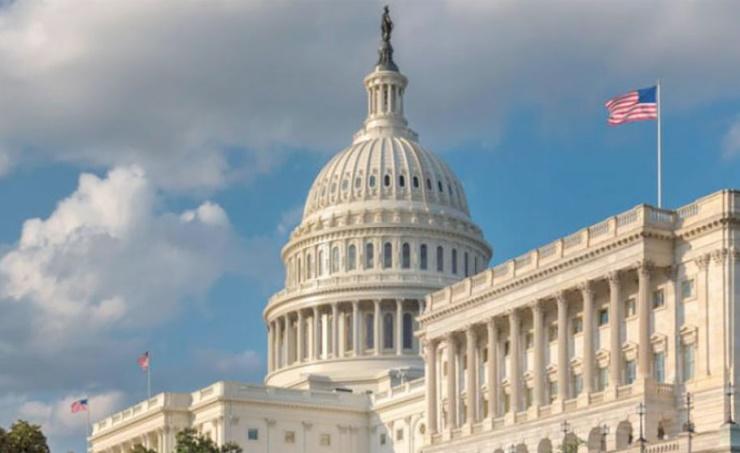 الكونجرس الأمريكي يوافق على حزمة دعم مالي بقيمة 900 مليار دولار لمواجهة فيروس كورونا