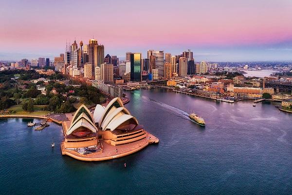 أستراليا تسجل فائضًا تجاريا قدره 7.5 مليارات دولار أسترالي في شهر أكتوبر الماضي