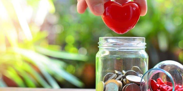 الأعمال الإنسانية: خمسة أسباب تستوجب أن تكون الأعمال الخيرية في صميم إستراتيجية شركتك