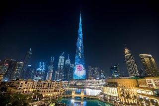من أعلى قمة برج خليفة حمدان الطبية تكرم 10 فائزين بجوائز دورتها الحادية عشر