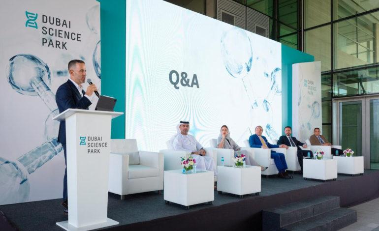 مجمّع دبي للعلوم يستقبل وفداً من المستثمرين ورجال الأعمال في مجالات التكنولوجيا الحيوية والطبية والأدوية والرعاية الصحية