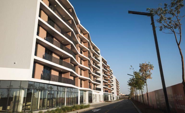 """""""أراد"""" تبدأ تسليم 210 منازل في مشروع """"الجادة"""" بقلب الشارقة الجديد"""