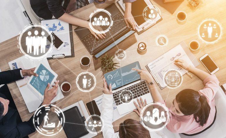 تهيئة القوى العاملة لمواكبة المستقبل بالاعتماد على التكنولوجيا