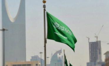 السعودية تعلق دخول غير المواطنين مؤقتاً للقادمين من 20 دولة