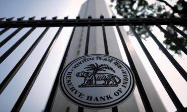 الهند تطالب هيئة تنظيم سوق المال مراجعة قواعد مقترحة لتسهل على البنوك جمع رؤوس أموال