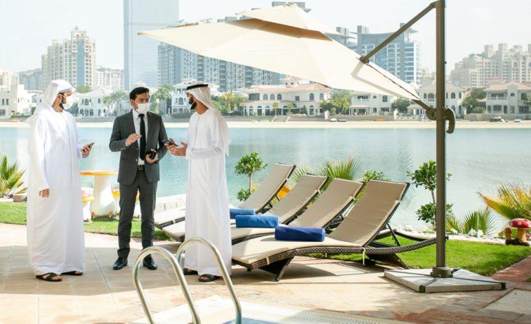 """""""دبي للسياحة"""" تتعاون مع شركائها لضمان الالتزام بالإجراءات الاحترازية والتدابير الوقائية"""