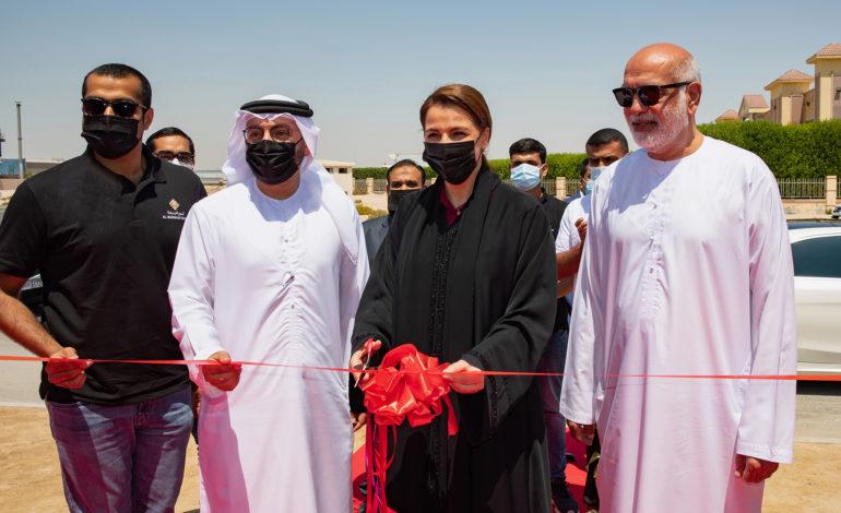 """""""مريم المهيري"""" تزور مصنع  تمور البركة وتشرف على توسعة أكبر منشأة خاصة لمعالجة التمور عالميا في مدينة دبي الصناعية"""