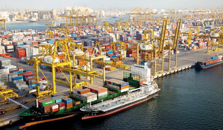 52 مليار درهم قيمة تجارة دبي الخارجية بالمواد الغذائية في 2020