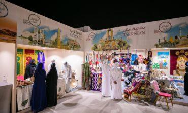 """""""الشارقة التراثية 18"""".. 22 يوما أضاءت قلب الشارقة بحكايات من 29 بلدا عربيا وأجنبيا"""