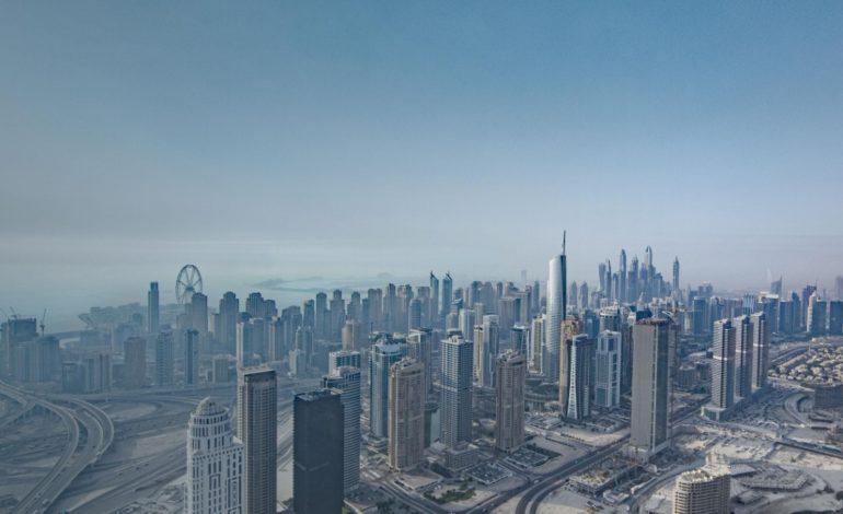 """""""دبي للسلع المتعددة"""" يحقق رقما قياسيا في عدد الشركات الجديدة المسجلة خلال أبريل"""