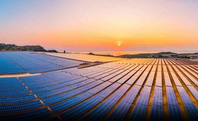 """"""" 6 جيجا واط سعة المحطات الشمسية العاملة وقيد الإنشاء في الامارات"""