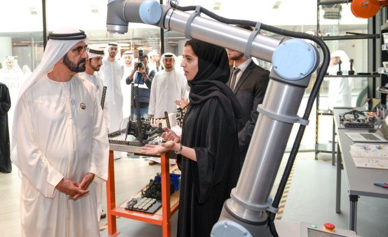 محمد بن راشد يطلق أكبر برنامج وطني متكامل لتمكين مجتمع المبرمجين ودعم المواهب في الإمارات