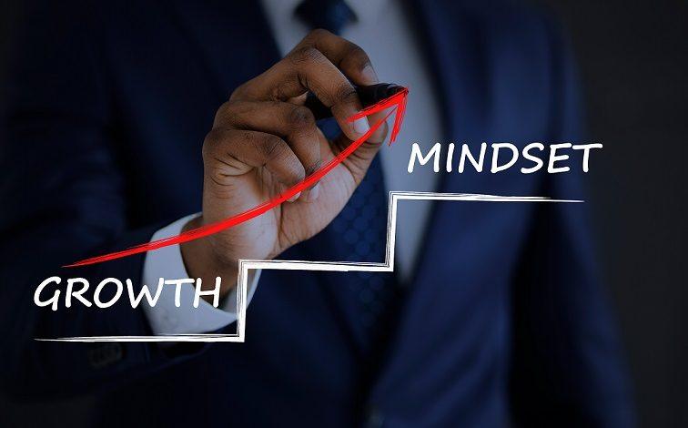 4 إستراتيجيات لمساعدتك على تنمية إيرادات عملك