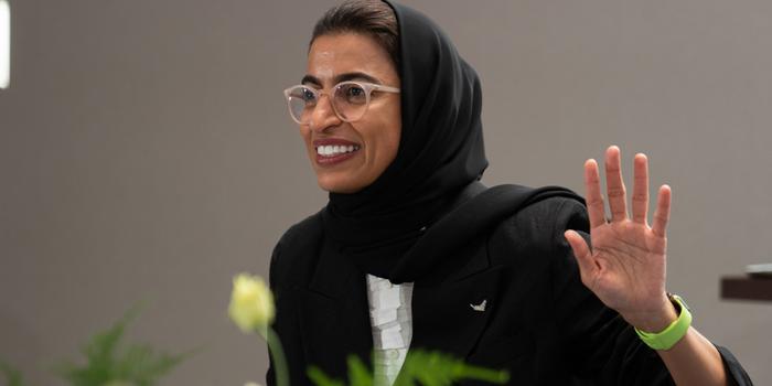 نورة الكعبي : يوم المرأة الإماراتية مناسبة وطنية غالية