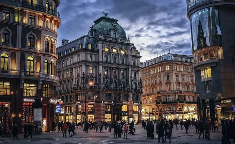 """اقتصاد النمسا يشهد انتعاشاً ويلامس مستوى ما قبل """"كورونا"""""""