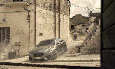 """سيارة جاكوار XF تظهر للمرة الأولى في أفلام جيمس بوند في فيلم """"لا وقت للموت"""""""