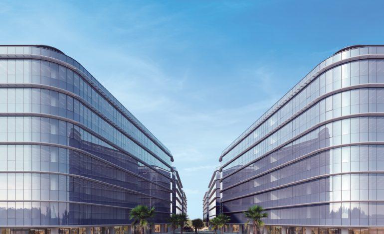 """""""دبي كوميرسيتي"""" توقع اتفاقيات استراتيجية لتعزيز محفظتها من الخدمات"""